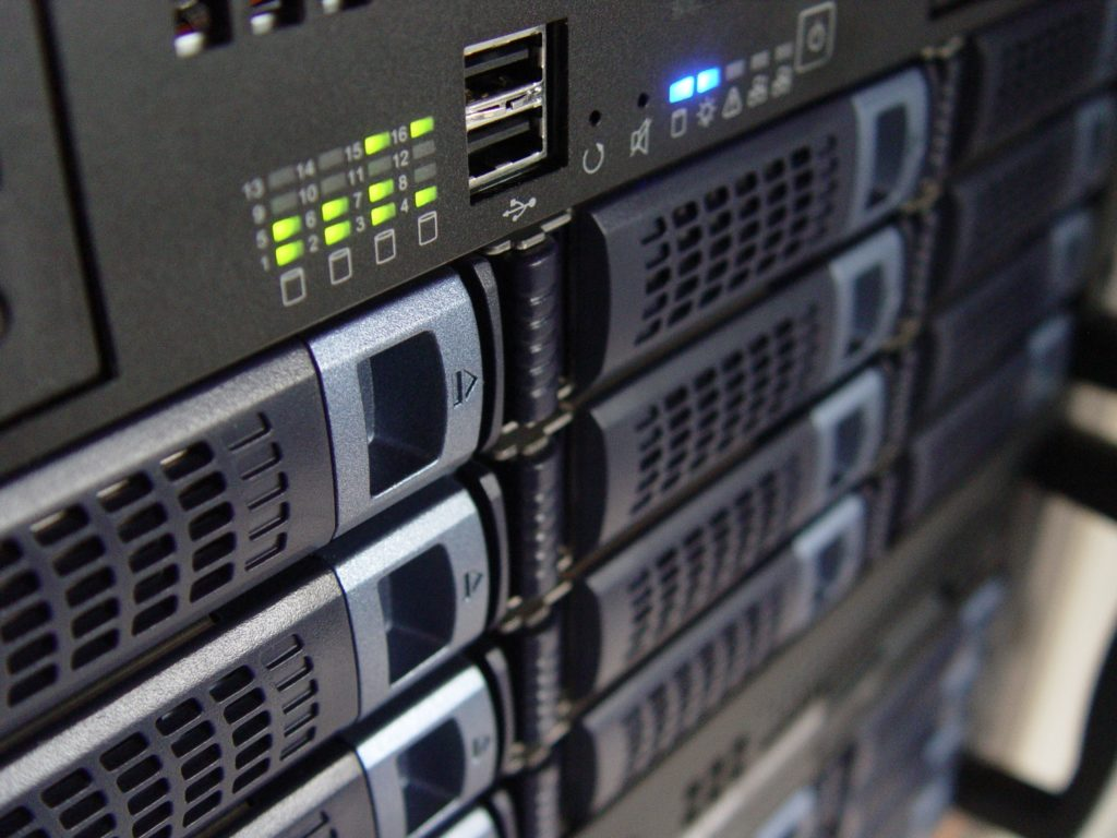 choosing your hosting service and domain name